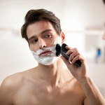 Philips Norelco 9900 PRO Shaver
